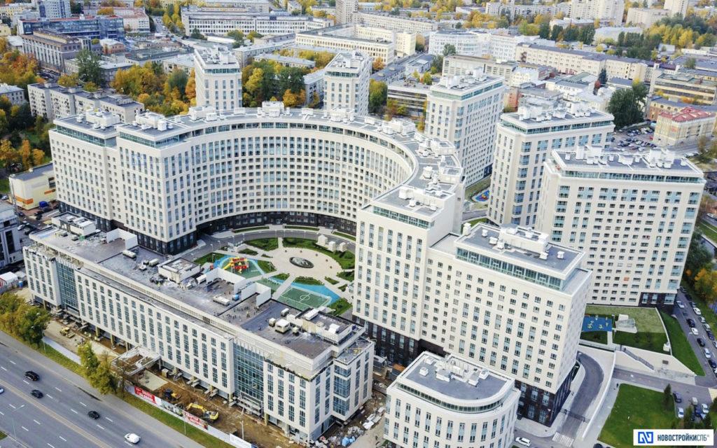 Многофункциональный комплекс жилых и общественных зданий